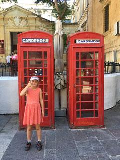 Die typischen englischen Telefonkabinen sind noch immer in Betrieb.