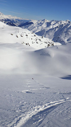 Tolle Abfahrt hinunter zur Alp Tuna.