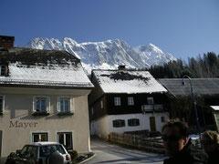 Gasthof Mayer mit Grimming Panorama