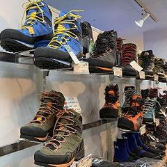 登山靴・テント