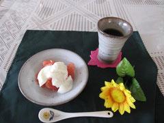 常滑で作ったグラスとお皿です