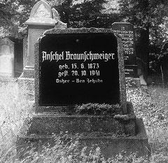 Jüngstes Grab vom Oktober 1941: Anschel Braunschweiger aus Burghaun