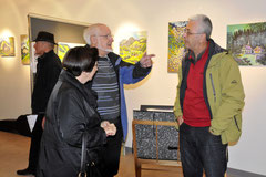 Besucher im Gespräch mit Marcel Hischier