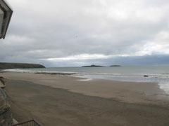 Blick vom Hotelzimmer auf den Strand