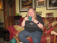 Trockene Kleider und Tee zum Aufwärmen