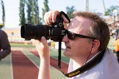 Bei der Fußball-Fotografie (Foto: Sebastian Wells)