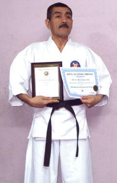 GM Quispe mit seinem Award