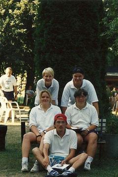 Die Endrundenteilnehmer, hinten von links: Andrea Schwing, Manuela Brüger, davor: Doreen Lorenzen, Andrea Müller, vorn Michael Reinicke