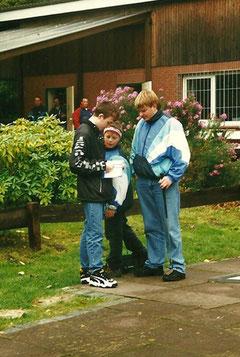 Unsere Jüngsten: Nico Rademacher (links) und Andreas Seyen (rechts) mit Björn Müller in ihrer Mitte