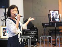 古賀先生の思い出を語るヴァイオリニスト小森陽子さんのお母様