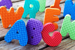 bunte ABC Buchstaben aus Moosgummi