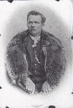 Domenico Indri nel 1895 (da ÂS Int e Cjere - 1992).