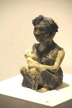 Femme allaitant son enfant, D.Petit