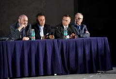 Parte del Senato Accademico riunito per l'assegnazione del Premio Velàzquez. Da sn.: il Colonnello Mazzaccara, il Commissario Galasso, Vincenzo Santoro, il Dr. Vuodi. ( Italphoto Mesagne )