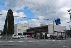 私たちの練習場所の中央公民館です。