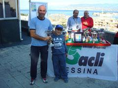 Antonio La Torre premiato da Giovanni Scimone, presidente del SSC Messina