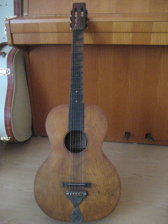 OS standard size guitar with birchwood body from the lower end of the OS production line. No binding, purfling or decalcomania.