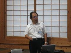 測量協会のスキルアップ講習会でエクセル活用術について講義をする楠本部長