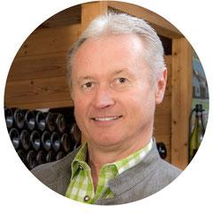Meisterwinzer Leopold Küssler, vielfacher Preisträger nationaler und internationale Weinverkostungen