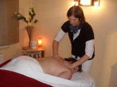Massagen & Wohlfühlbehandlungen