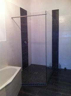Duschtrennwand aus 10mm ESG 1400mmx 2200mm