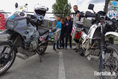 Chile - Südamerika - Motorrad - Honda Transalp - Welt-Reise - Neugierige Kinder Puerto Montt