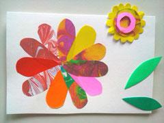 右下の方にピンクの花びらを追加してみました