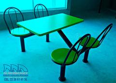 Bancas y mesas para restaurante