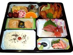 法事料理(お弁当) 2,100円