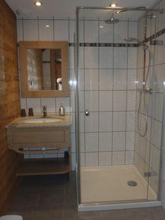 salle de bain et WC séparé