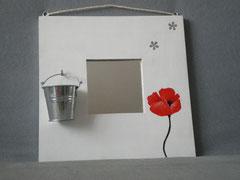 """Miroir """"coquelicot""""  réf: m br 003 blanc et rouge  25x25cm 18€"""