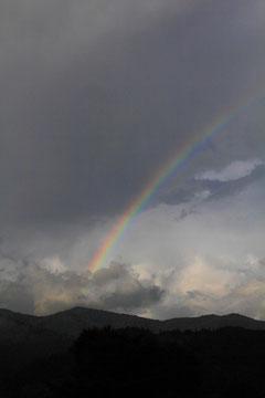 長い時間出ていた虹