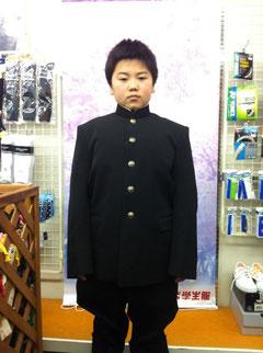 制服の試着後、記念撮影
