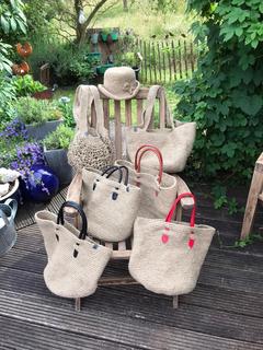 Handgemachte Taschen von Petra Döhl-Becher - Verkauf zugunsten des MiBa