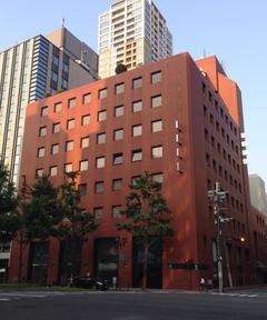 橋本膠原病センターは野村不動産御堂筋ビルの4Fにございます。