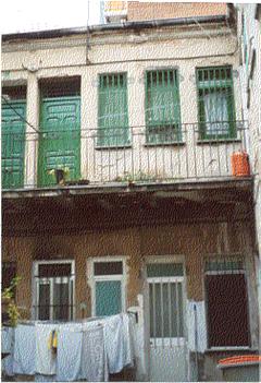 Corral en la calle Santa Hortensia