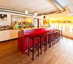 Bild der Bar der Barfachschule
