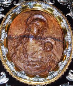 Immagine della Madonna del Quercione in terracotta