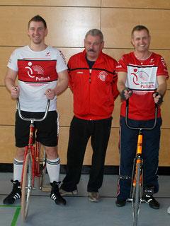 Team Matthes/Hanak mit Trainer Maximilian Zöpfl (Mitte)
