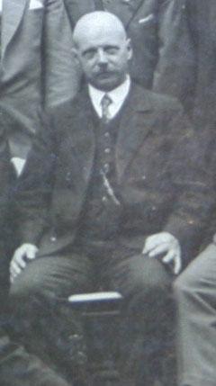 Gastwirt Paul Reich im Gruppenfoto vom Bruder Max aufgenommen - Rassegeflügelzüchter 1931 - Archiv H.Luck