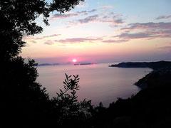 Sonnenuntergang über Othoni