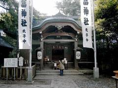 徳川家康も参詣したという竹島の八百富神社