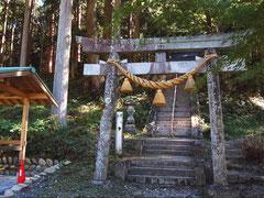 モネの池の隣りの根道神社にもお参り