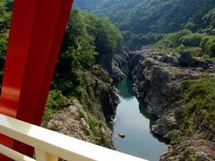飛騨川の美しい飛水峡に沿ってR41を北上