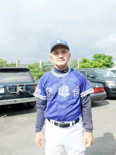 最年長出場で大活躍した東嵩西選手=17日(沖縄電力球場)