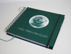 Geburtenbuch für Hebammen - unterlegtes Bild