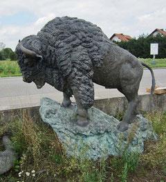 Büffel Figur Statue