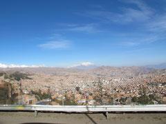 La Paz mit Berg Illimani 6439m