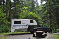 Premiere: Camper von Truck getrennt