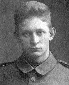 Hempel als junger Soldat im Ersten Weltkrieg
